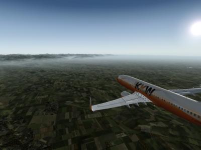 Arrivée sur LFBP avec les Pyrénées en fond dans les nuages ! ( GG Julien pour cette belle texture )
