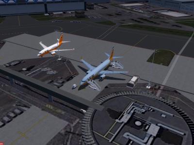 Deux boeing chez Airbus pour la maintenance... mais ou va le monde =)