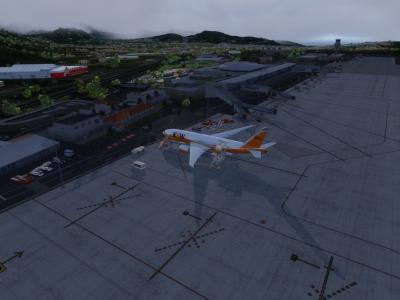Une arrivée à Tenerif sous la couche nuageuse